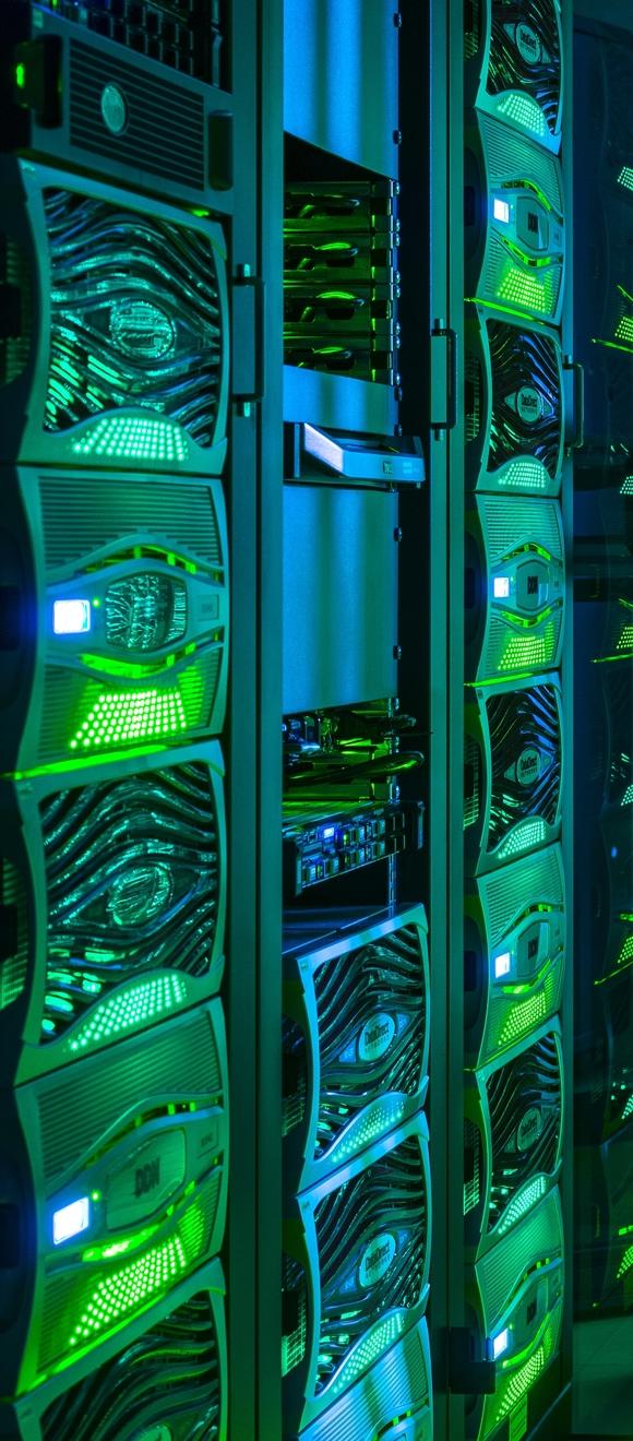 Supercomputer wie der ForHLR II am KIT sind ein Arbeitspferd der datenintensiven Wissenschaften. (Bild: Markus Breig/KIT)