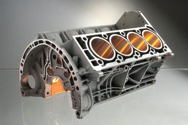 : Mit dem generativen Laserverfahren SLM hergestelltes Modell eines V8 Motorblocks. (Bild: Fraunhofer ILT)